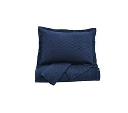 Quilt Sets in King Size ashley furniture alecio navy quilt set